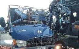 Xe khách và xe tải đâm nhau ở Đồng Nai, 1 tài xế tử vong, 1 tài xế nguy kịch