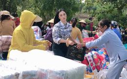 MC Kim Huyền Sâm làm từ thiện tại Hà Tĩnh