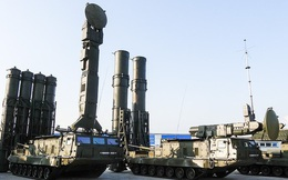 Các tên lửa phòng không tối tân nhất của Nga khoe sức mạnh