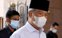 """Thủ tướng Malaysia đối diện áp lực từ chức sau """"cái lắc đầu"""" của Quốc vương"""