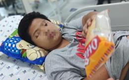 Bị bạn nhấn xuống nước khi đi bơi, bé trai 14 tuổi bị ngạt nước phù phổi