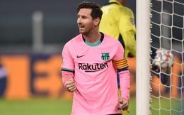 Bị cấm ra sân vì nhiễm Covid-19, Ronaldo cay đắng nhìn đội nhà tan vỡ dưới đôi chân Messi