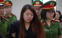 """""""Mẹ mìn"""" bắt cóc bé trai 2 tuổi ở Bắc Ninh để lừa tình nhân bật khóc khi nghe tuyên phạt 5 năm tù"""