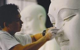 1 tảng đá được chọn để tạc tượng Phật, 2 người thợ cho ra 2 kết quả và cái kết đáng ngẫm