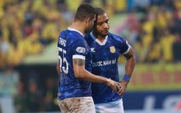 [TRỰC TIẾP V.League] Quảng Nam dẫn trước 3-0; Nam Định rượt đuổi nghẹt thở với SLNA