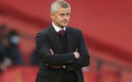 M.U thua ê chề trước Tottenham, HLV Solskjaer giơ tay đầu hàng