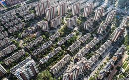 Là con nợ của gần 300 ngân hàng và công ty tài chính, tập đoàn bất động sản lớn nhất Trung Quốc sẽ kéo theo cả hệ thống sụp đổ?