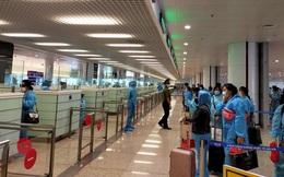Tạm dừng chuyến bay quốc tế chở khách về Việt Nam