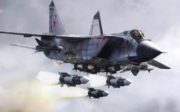 Mãn nhãn tiêm kích MiG-31 của Nga đánh chặn ở độ cao hơn 20.000m