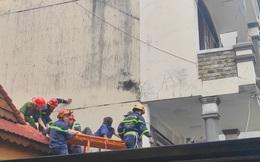 Rơi từ tầng 3 khi đang sơn tường, người đàn ông thoát chết nhờ mái ngói nhà hàng xóm