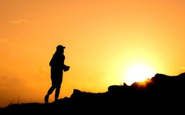 Tâm trạng chán nản, buông xuôi thì làm gì cũng tệ: Tiền bạc, thành công cũng không bằng cảm giác tìm lại chính mình nhờ 4 chiến lược sau