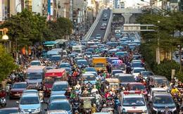 Sau khi thông xe đường vành đai 2 trên cao, tắc nghiêm trọng hơn ở nút giao Ngã Tư Sở giờ cao điểm