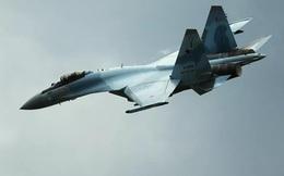 Xem tiêm kích Su-35S diễn tập không chiến