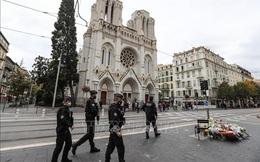 Phát hiện mối liên hệ vụ tấn công bằng dao tại nhà thờ Notre-Dame với vụ sát hại thầy giáo