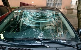 Bắc Giang: Bắt khẩn cấp gã đàn ông đập vỡ kính ô tô đỗ chặn lối ra vào cửa nhà