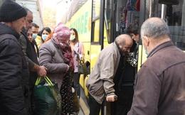 Quân đội Nga hộ tống 19 xe buýt chở người tị nạn trở về Nagorno-Karabakh