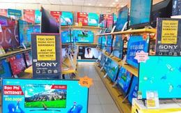 """Hàng loạt Smart TV 75 – 86 inch lại có """"bão"""" giảm giá tới 53%"""