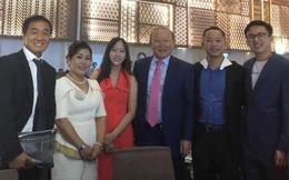 Đám cưới Công Phượng - Viên Minh: HLV Park Hang-seo rạng rỡ ở đám cưới của học trò