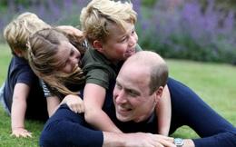 Hoàng tử William bất ngờ tiết lộ từng mắc COVID-19