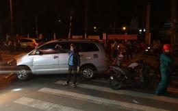 """Lời khai của tài xế xe ô tô """"điên"""" tông nhiều xe máy giữa giao lộ ở Sài Gòn"""