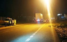 Ô tô kéo lê xe đạp điện trên quốc lộ, nam sinh tử vong
