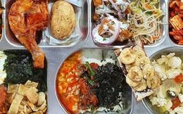 Bữa trưa căng tin trường cấp 3 Hàn Quốc khiến dân tình kinh ngạc: Đầy ắp phải 2 người ăn mới hết, món nào cũng bắt mắt