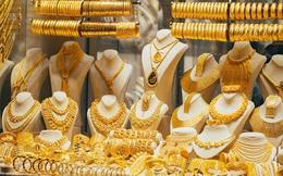 Chiều nay, giá vàng tiếp tục lao dốc mạnh, chính thức mất mốc 54 triệu đồng
