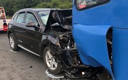 Đồng Nai: Xế hộp Audi nát đầu khi tông trực diện xe buýt, nhiều hành khách la hét kêu cứu