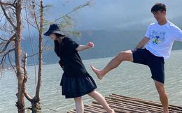 """Duy Mạnh dám đăng ảnh """"đi đường quyền"""" với Quỳnh Anh, bạn bè xem xong mà thấy sợ dùm"""
