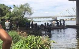 Nam thanh niên trẻ bỏ lại thư tuyệt mệnh rồi chìm giữa dòng sông Sài Gòn