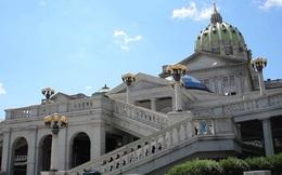 Bầu cử Mỹ: Động thái lạ ở bang Pennsylvania
