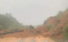 Đèo Khánh Lê sạt lở, đường quốc lộ nối Đà Lạt - Nha Trang bị ách tắc