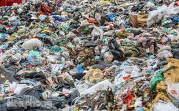 Phát hiện nhiều xe đổ trộm rác thải ở TPHCM