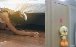 Phát hiện tiếng động lạ lúc 2 giờ sáng, cô gái kinh sợ tái mét mặt mày khi thấy kẻ lạ mặt đang mỉm cười kỳ dị từ gầm giường