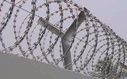 """Xây tường rào dây thép gai, thiết lập """"boong ke"""" ma tuý"""