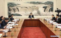 """Toàn bộ 14 Phó chủ tịch Quốc hội bị Mỹ cấm vận, cơ quan quyền lực cao nhất Trung Quốc """"sục sôi"""" giáng trả"""