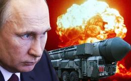 """Ông Putin ấn nút hạt nhân: Nga phô diễn khoảnh khắc tận thế, hạ thông điệp sắc lạnh trước """"giờ G"""""""