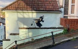 """Bỗng dưng được họa sĩ """"vẽ bừa"""" lên tường, ngôi nhà bất ngờ tăng giá cả chục lần"""