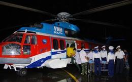 Trực thăng quân đội bay xuyên đêm chuyển bệnh nhân từ Trường Sa về đất liền điều trị