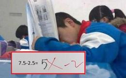 Con gái khóc nức nở vì bị gạch đáp án '7,5 - 2,5 = 5', bà mẹ tưởng bị trù dập, ai ngờ lại là bài học nhớ đời của giáo viên