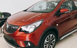 Hết năm 2020, VinFast Fadil vẫn được miễn 100% trước bạ - Đòn hiểm bất ngờ làm khó Kia Morning và Hyundai i10