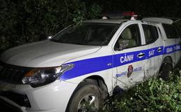 Tài xế lấn làn, húc văng xe tuần tra của CSGT Hòa Bình