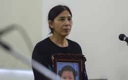 Bà ngoại cháu bé bị bạo hành: Nhiều người trên mạng chửi bới khi bà xin giảm án cho 2 con