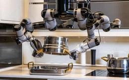 Chỉ với 7 tỷ đồng, bạn có thể sở hữu con robot biết nấu 5.000 món ăn hảo hạng, còn biết rửa bát luôn