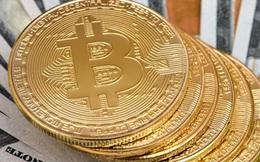 Đà tăng quá mạnh, Bitcoin phá tiếp mốc 22.000 USD