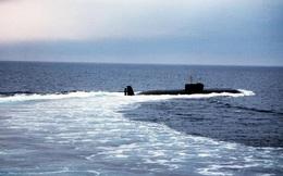 """Vì sao tàu ngầm 2 tỷ USD từng """"vờn như mèo vờn chuột"""" tàu sân bay Mỹ bị Nga rã sắt vụn?"""