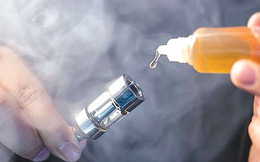 Những tác hại kinh khủng của thuốc lá điện tử: Chồng hút, vợ nghiện