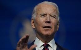 Ông Joe Biden tiêm vắc-xin ngừa COVID-19 trên sóng trực tiếp