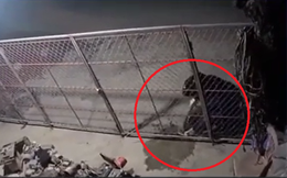 Camera an ninh tiết lộ thời điểm người đàn ông đổ xăng, đốt nhà hàng xóm ở Hưng Yên
