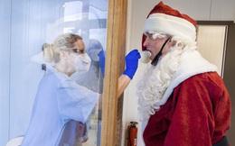 COVID-19 khiến Giáng sinh năm nay trở thành mùa lo âu